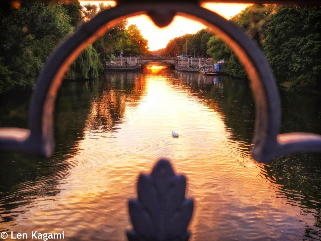 Sunrise on the canal