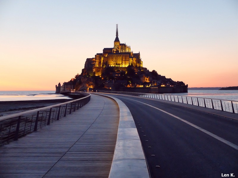 Mont Saint Michel at dusk