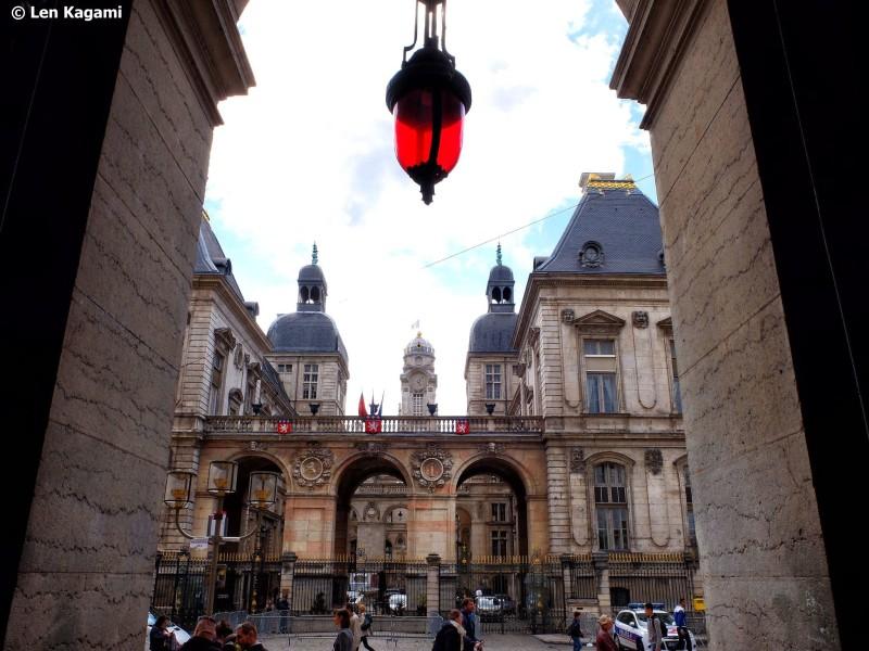 Lyon 7