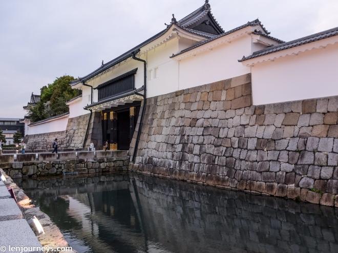 The gate of Nijō Castle